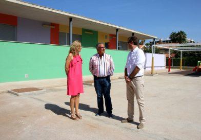 El Ayuntamiento pone a punto los colegios de Oropesa para el inicio del curso