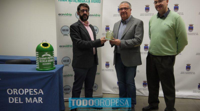 Oropesa incrementa el reciclado de vidrio un 11% respecto al verano pasado