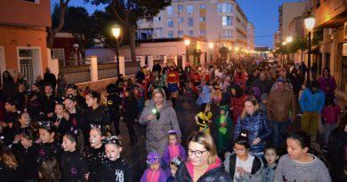Más de 300 personas participan en el Carnaval de Oropesa