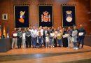 Los alumnos de la Escuela de Acogida reciben sus diplomas