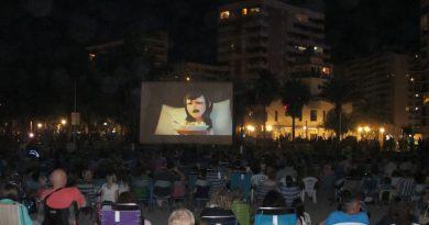 Oropesa programa cine junto al mar los domingos del verano