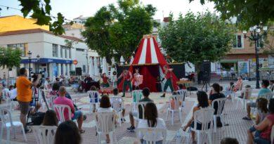 Oropesa alarga la temporada turística con el  festival Arena Circus
