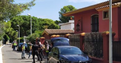 Registran la casa de Carlos Fabra en Platgetes en una nueva investigación