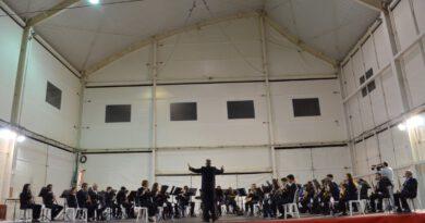 La Unió Musical d'Orpesa celebra Santa Cecilia y da la bienvenida a los nuevos integrantes