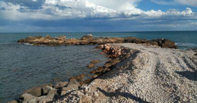 Quejas de vecinos por la intervención en la isleta de Morro de Gos en Oropesa