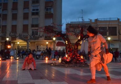 Orpesa inaugura la primera edició del festival d'arts de carrer A RAS!